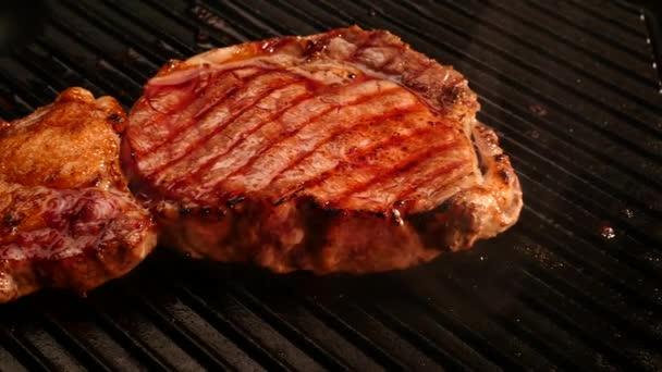 Grilovaný hovězí steak