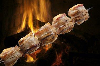 medallion barbecue on a skewer