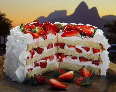 strawberry sliced cake