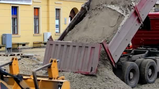 Stavební práce na ulici ve městě