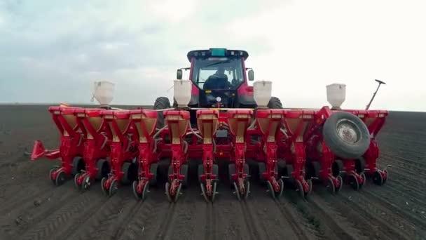 Jarní setí kukuřice