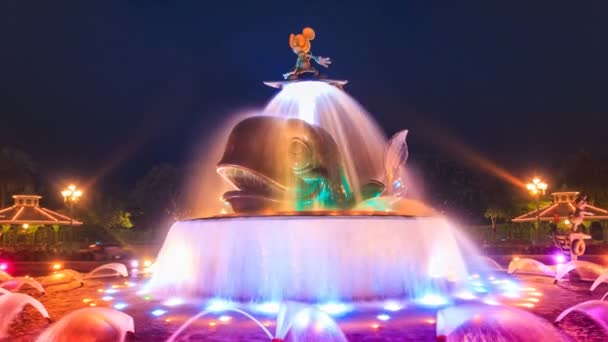 Time Lapse Mickey Mouse Cute Colorful Fountain Of Hong Kong Disneyland (zoom out)