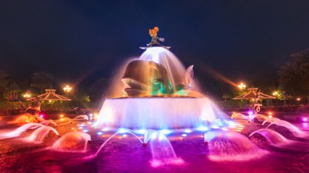 Time Lapse Mickey Mouse Cute Colorful Fountain Of Hong Kong Disneyland (zoom in)