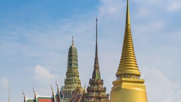 Wat Phra Kaew híres templom, a Smaragd Buddha Bangkok, Thaiföld (pán lövés)