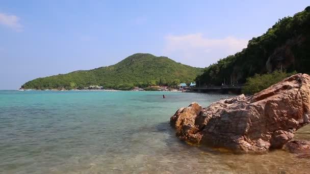 Tien Beach In Koh Larn Island Of Chonburi Thailand