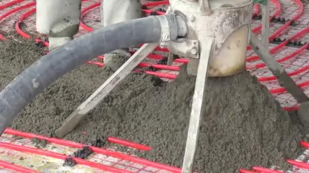 Teplá podlaha montáž