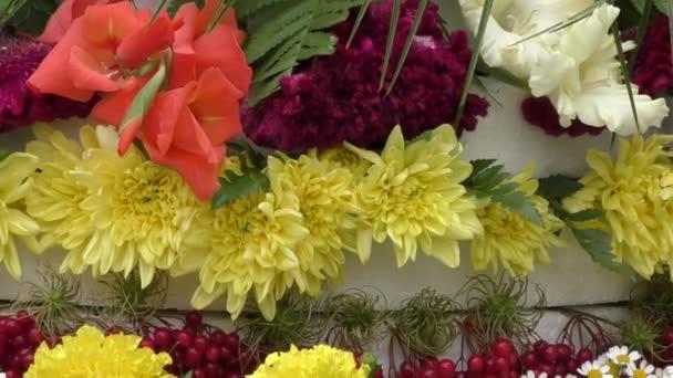 aranžování květin.