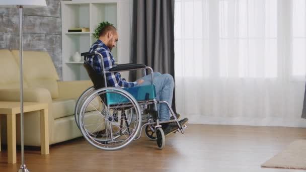 Einsamer und depressiver Behinderter