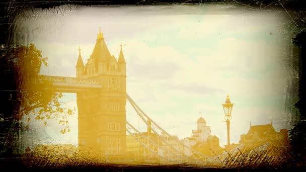 Tower Bridge v Londýně s starý film efekt, Uk.