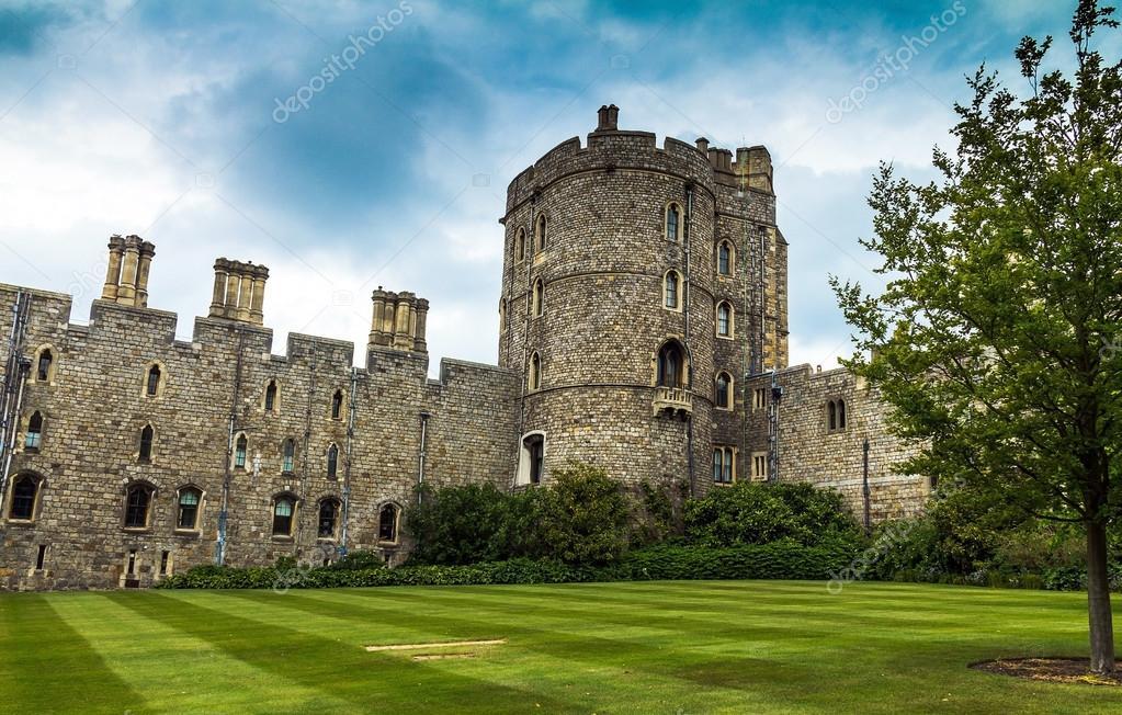 Quartiere superiore nel medievale castello di windsor for Piani di casa castello medievale