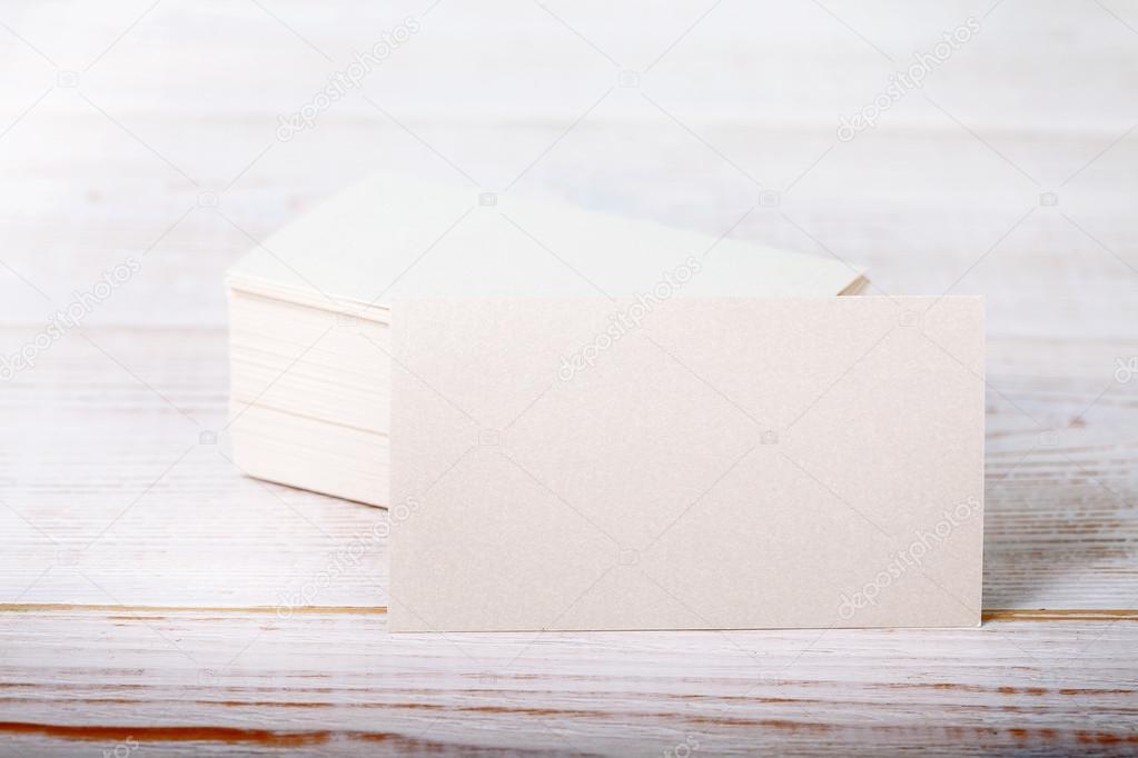 Cartes De Visite Papier Pais Coton Blanc Maquette Sur Le Pont En Bois Vintage Vue Dessus Rapproche Image Victoreus