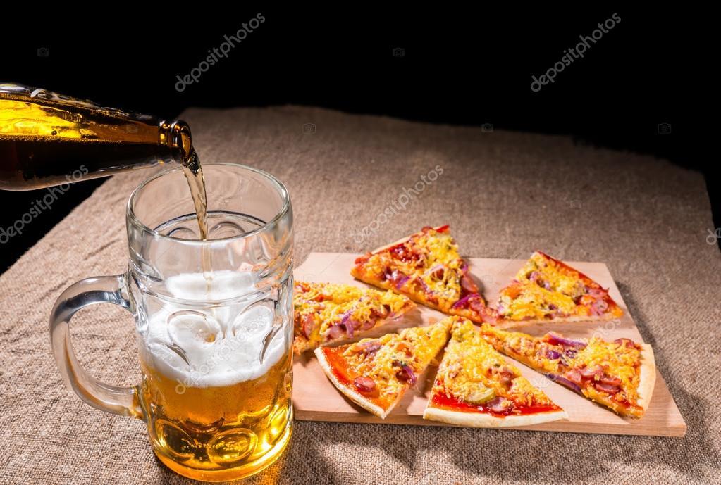 Заказ пиццы и пива на дом