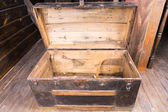 Photo Old wooden sailors trunk