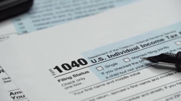 Einkommenssteuererklärung 1040 / 6 Schieber-Schuss.