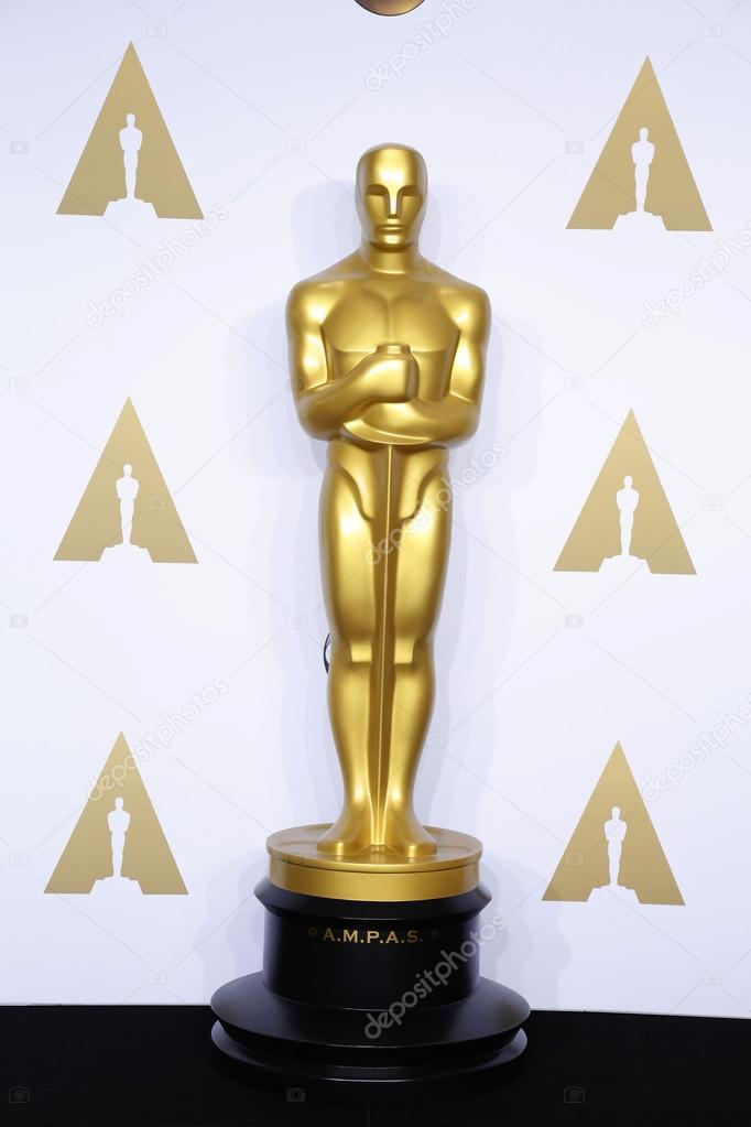 oscar statue at the 88th annual academy awards ストック編集用写真