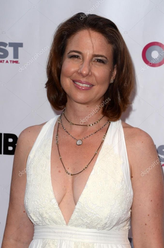 Robin Weigert law and order