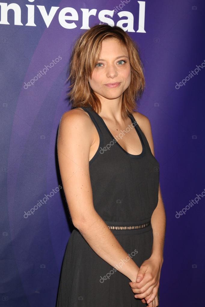 actress lizzie brochere ストック編集用写真 jean nelson 118718426