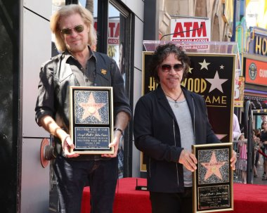 Dave Stewart, Daryl Hall, John Oates and music executive Jerry Greenberg