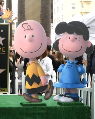 Charlie Brown, Lucy