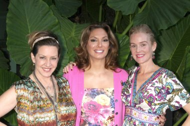 Joely Fisher, Alex Meneses, Penople Ann Miller