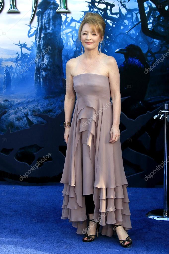 17+ Images of Lesley Manville - Irama Gallery