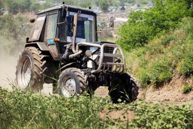 Farm tractor goes on road