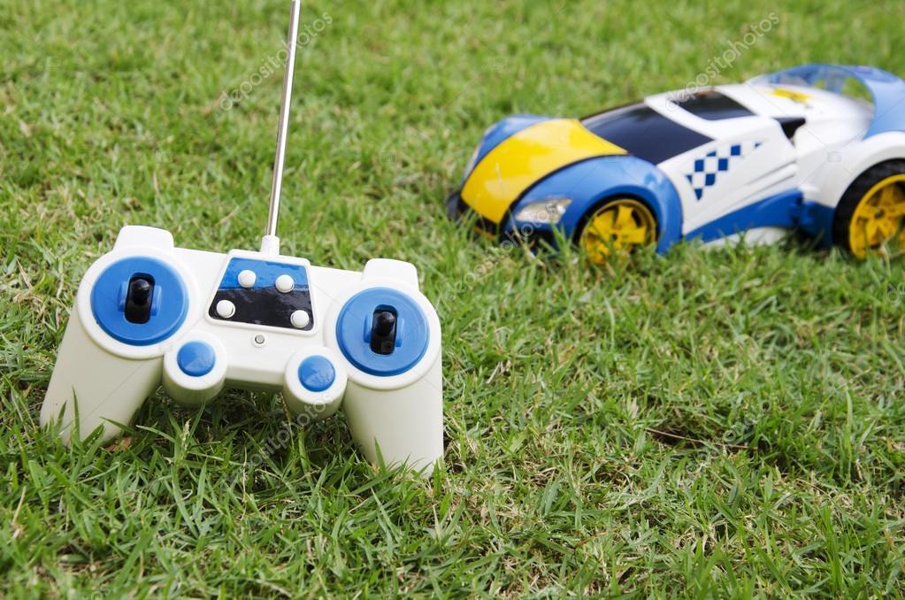 Juguete Carro Control Remoto Fotos De Stock C Intararit 92849366