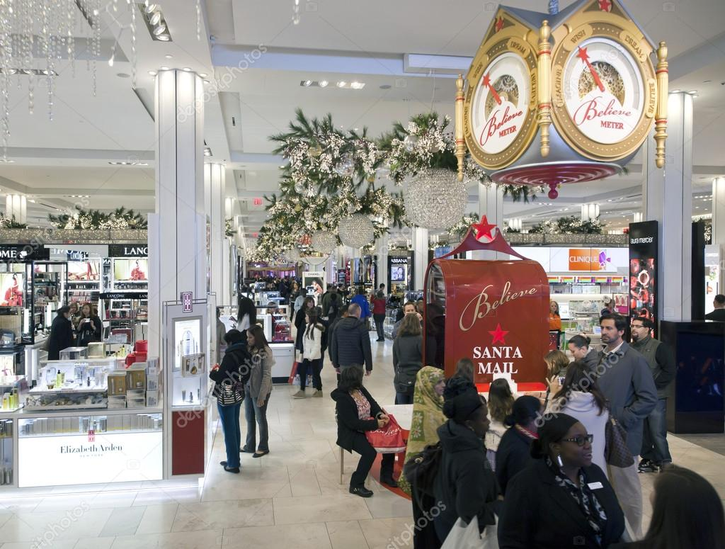 Shoppers inside Macy\'s at Christmas time in NYC – Stock Editorial ...