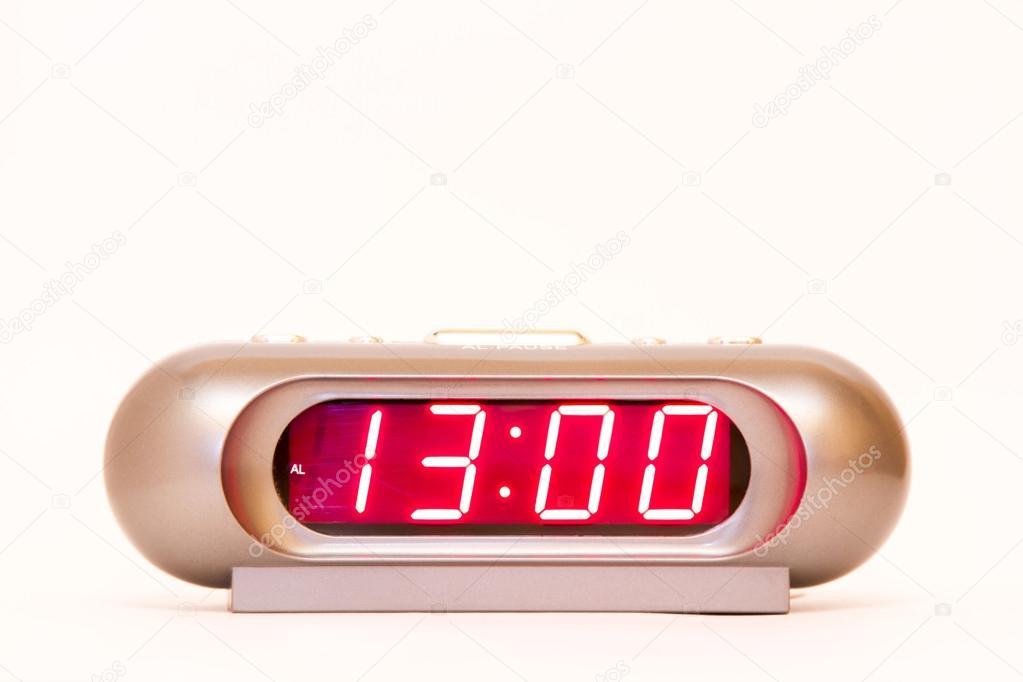 13:00 Uhr