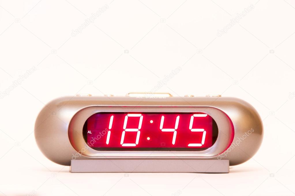 18.45 Uhr