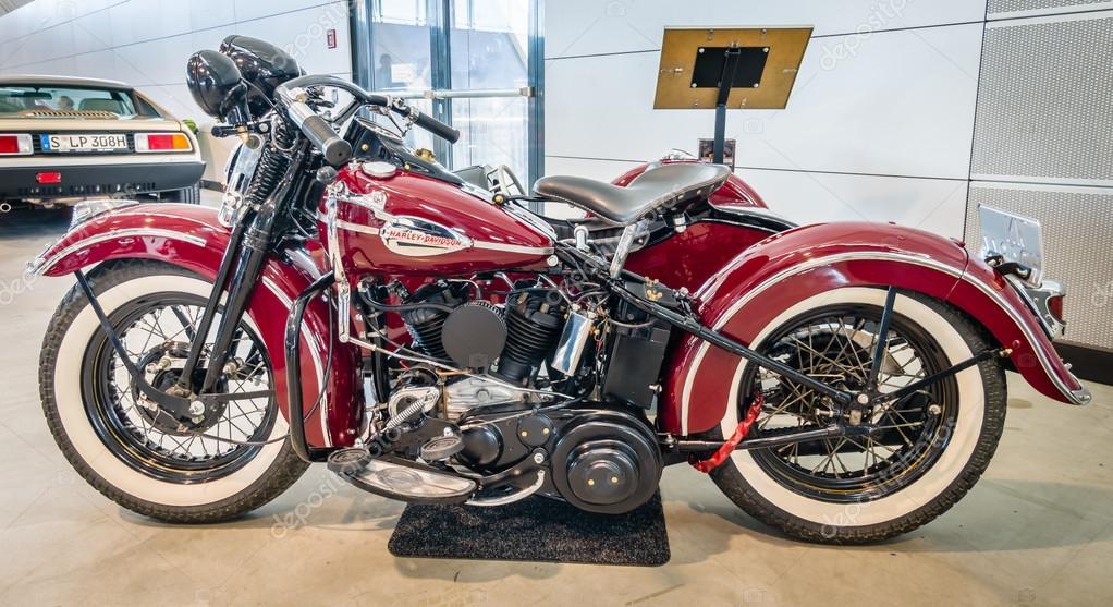 Motorcycle Harley-Davidson WLA 45 Gespann, 1944 with sidecar