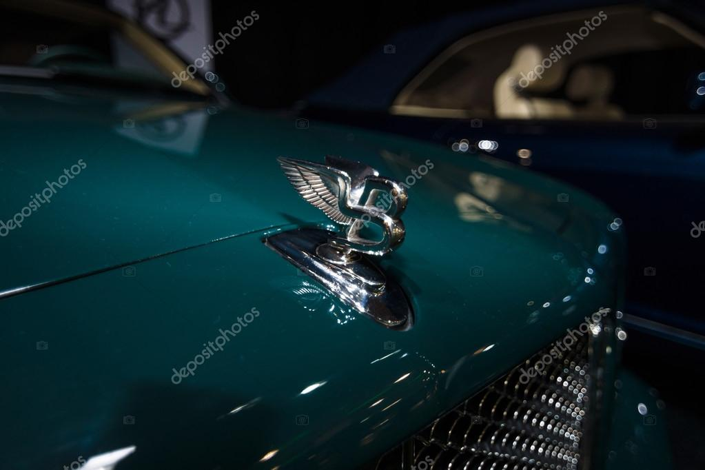 Hood Ornament Of A Full Size Luxury Car Bentley Arnage Stock