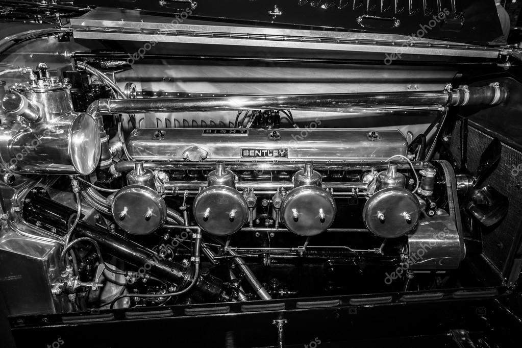 1920 1930 年頃 ベントレー レースカーのエンジン 黒と白 ストック