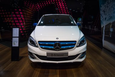A compact luxury car Mercedes-Benz B-Class Electric Drive.