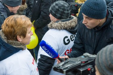 Russian diaspora in Berlin protested against migrants and refugees due to the violence of women and children.