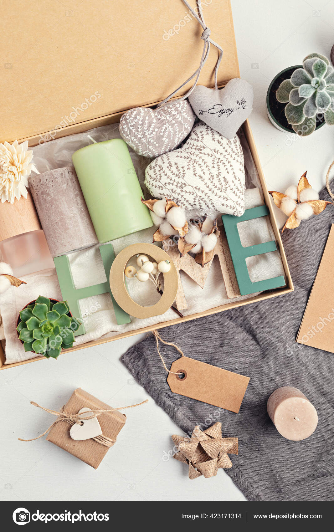 Preparing Care Package Seasonal Gift Box Candles Succulent Interior Scent Stock Photo Image By C Netrun78 423171314