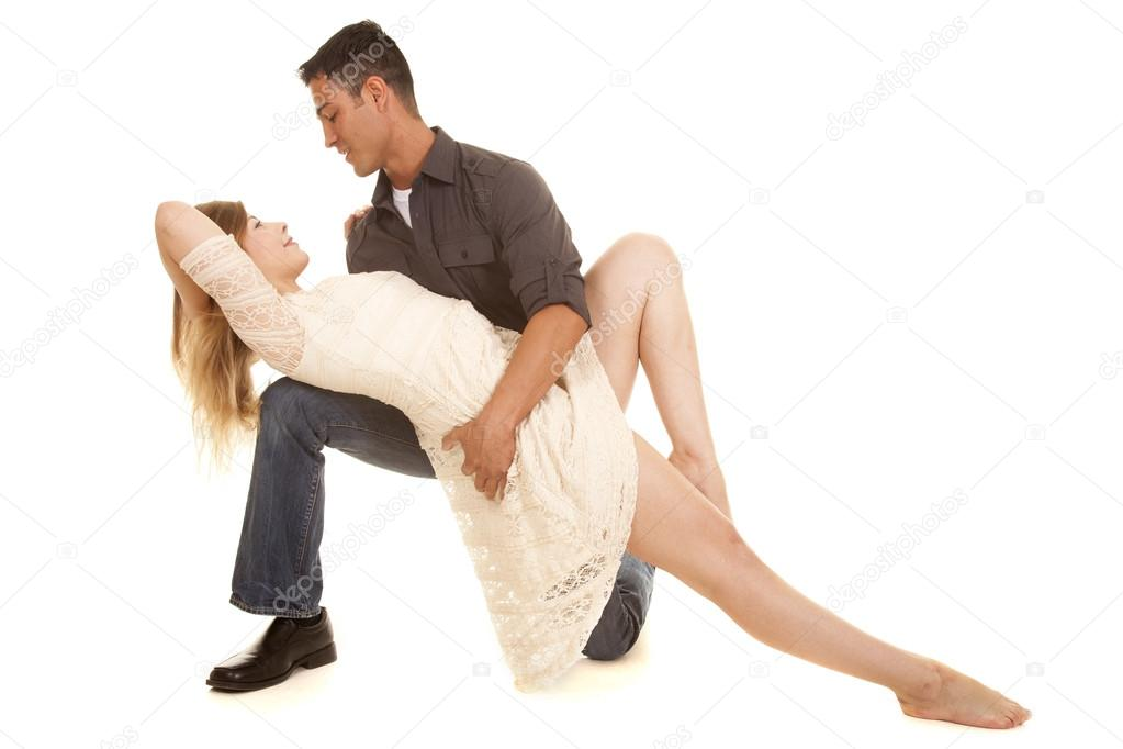 https://st2.depositphotos.com/1712366/5212/i/950/depositphotos_52129459-stock-photo-couple-dance-pose-white-dress.jpg