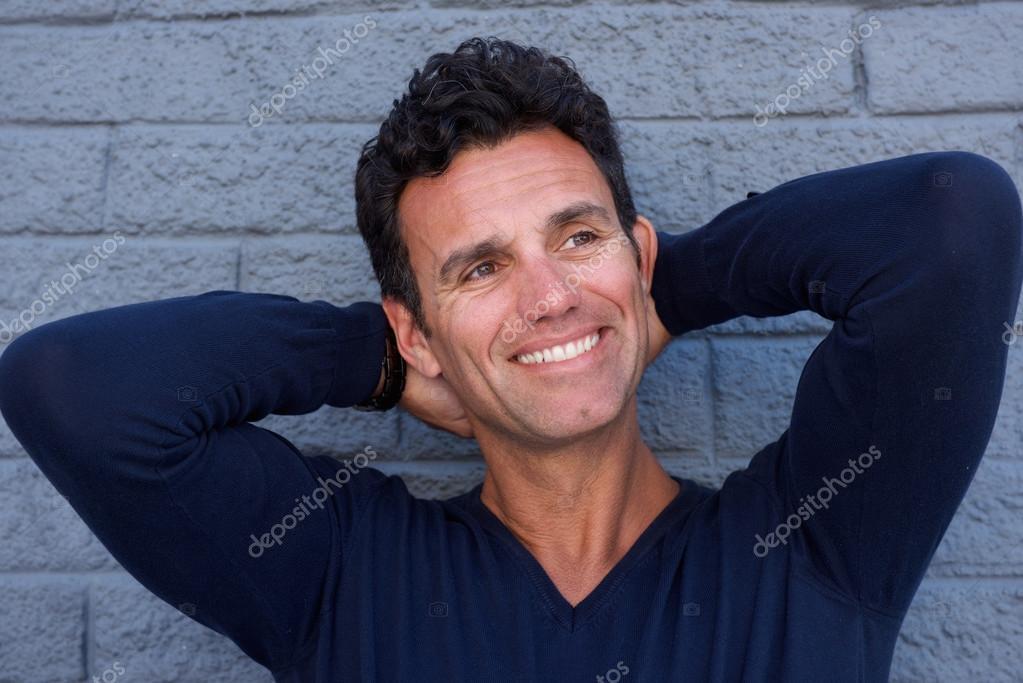 Yakışıklı Olgun Erkek Ol Kapatın Stok Foto Mimagephotos 107561702