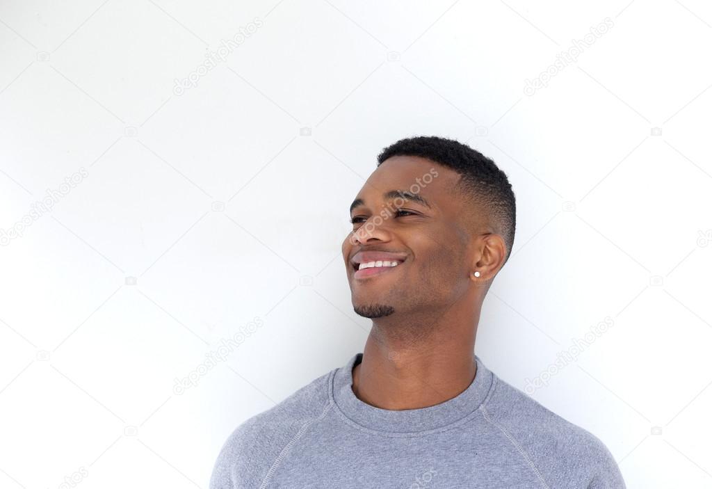 bel homme noir souriant — Photographie mimagephotos ...