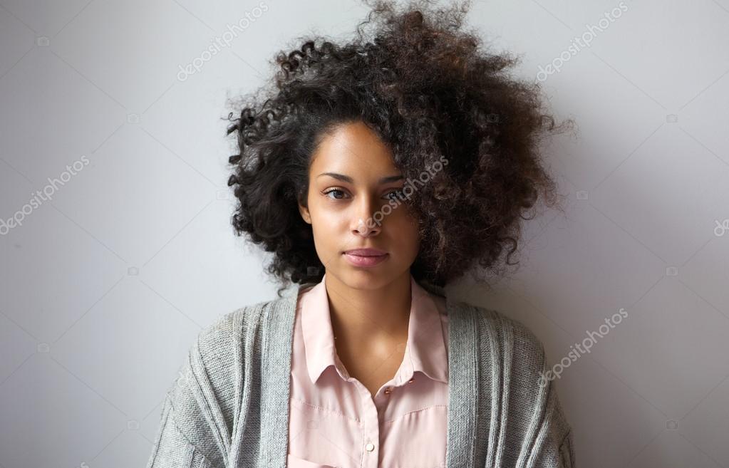 Imagenes Peinados Afros Para Mujeres Hermosa Mujer Joven Con