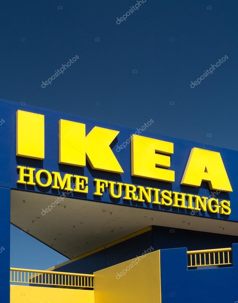 exterior tienda IKEA — Foto editorial de stock © wolterke #84123772