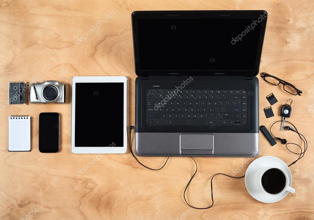 Superieur Flat Lay Of Personal Office Accessories, Laptop, Notebook, Coffee Cup And  Camera On