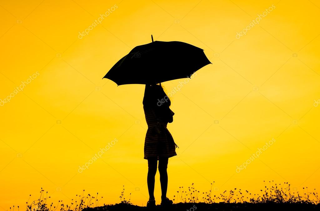 Paraguas Niña Con Silueta Al Atardecer