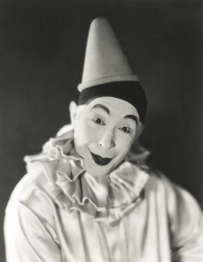 clown with dunce cap