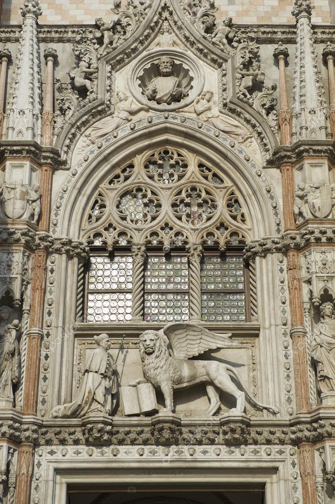 Leeuw Van Saint Mark Dogenpaleis Palace Veneti Itali Stockfoto