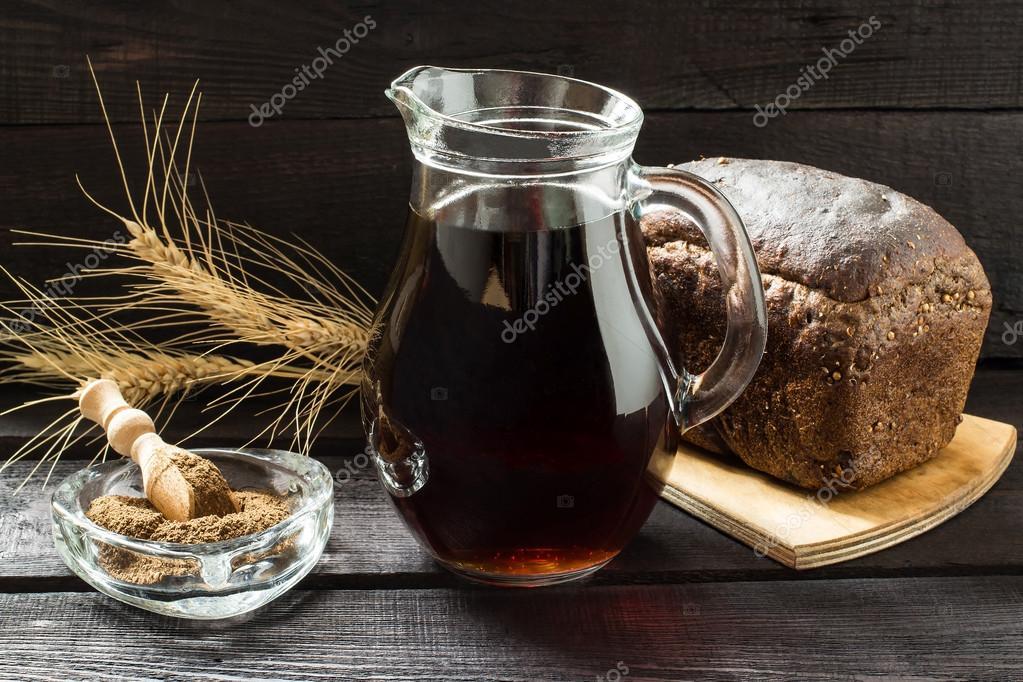 Traditionelle russische Getränk Kwas — Stockfoto © 13-Smile #103329964