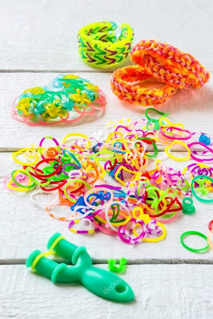 Изготовление детских браслетов
