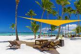spiaggia dellisola tropicale