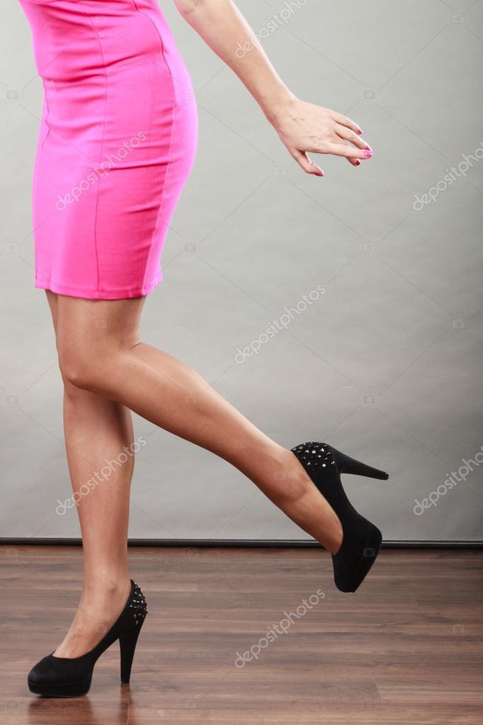 reife-frau-in-high-heels