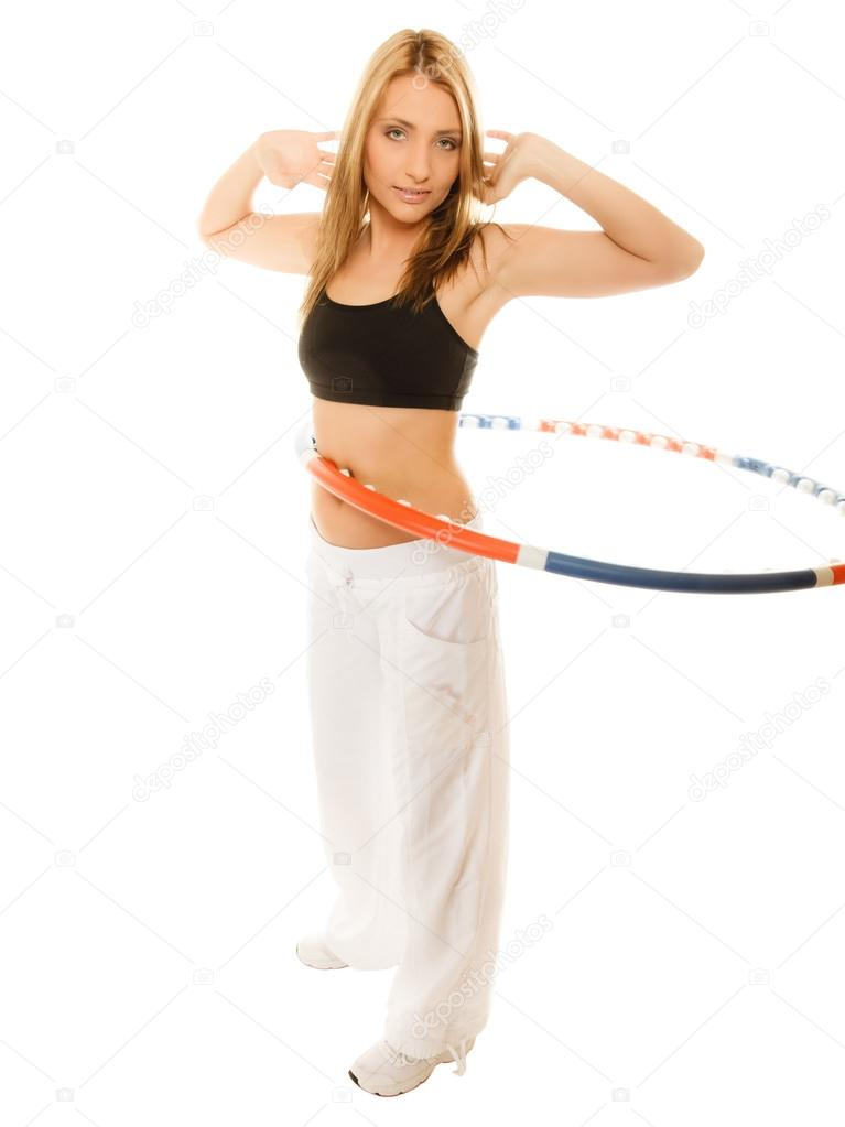 Sportlich Motiviert Madchen Ubungen Mit Hula Hoop Reifen Stockfoto